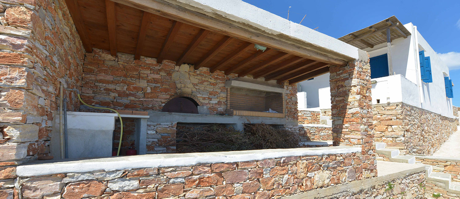 The wood oven of Windmill Villas in Sifnos